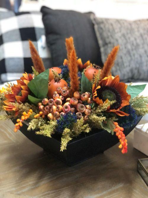 Rust sunflower centerpiece
