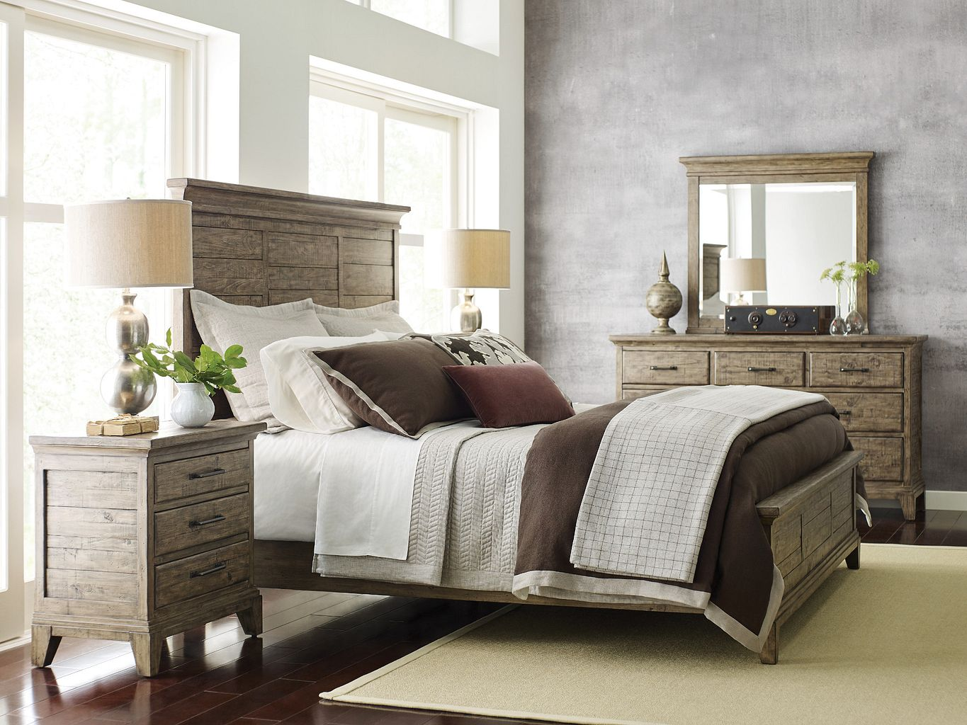 JESSUP PANEL KING BED - COMPLETE